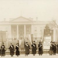 National_Women's_Party_picketing_the_White_House.jpg